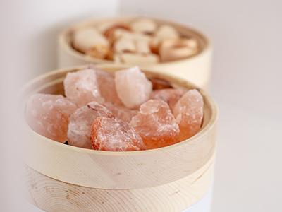 Salzstein für Zirbenlüfter - Zirbenholz